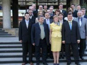 Angela Zarojanu şi echipa de candidaţi ai PNL pentru Consiliul Local
