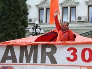 Electoral: PD-L a intrat în campanie colorând Suceava în portocaliu