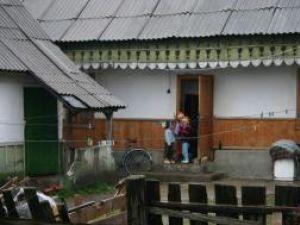Trei dintre copiii Rodicai Miros au fost luati de Protectia Copilului