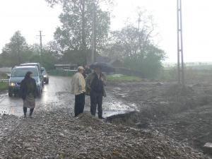 Comunicat de presă – PD-L: Drumul şi podul din satul Gropeni, comuna Bălcăuţi, reabilitate prin programul Sapard, s-au surpat la 3 zile de la inaugurare