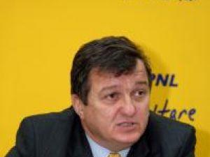 """Eficienţă: PNL dă banii alocaţi concertelor electorale pentru înfiinţarea """"cabinetului cetăţeanului"""""""