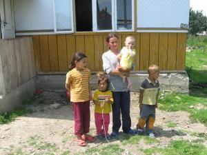 Florentina Plaiu, tânăra mamă graţiată de Băsescu