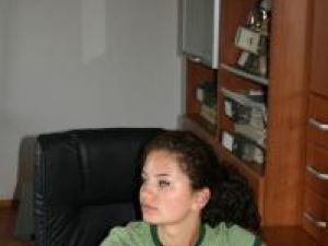 Gabriela visează să devină o pictoriţă celebră