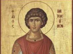 """Cronica religioasă: Cine a fost Sfântul Pantelimon - """"prea milostiv""""?"""