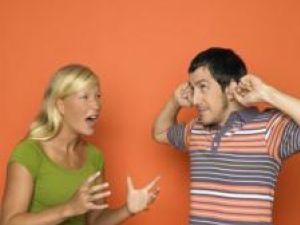 Pentru bărbaţi, ţipetele constituie cel mai exasperant comportament feminin. Foto: DENKOU IMAGES