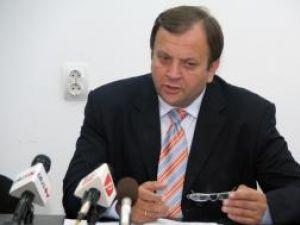 Flutur acuză: Fosta conducere a CJ nu a constituit fond de rezervă pentru situaţii de urgenţă