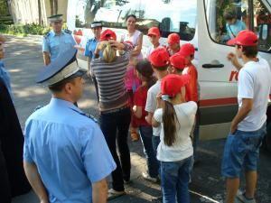 14 copii din Maramureş, găzduiţi  de jandarmii suceveni