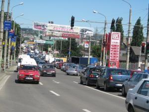 Aglomeraţie şi blocaje în trafic