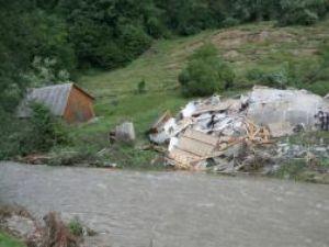 Din nou, alunecările de teren pe muntele din Brodina