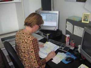 Documentele vor ajunge la domiciliul posesorilor printr-un serviciu de curierat rapid