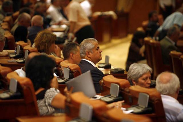 Năstase nu demisionează din Parlament, întrucât spune că asta ar echivala cu recunoaşterea