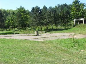 Platoul pe care se va ridica ansamblul rezidenţial Şipote