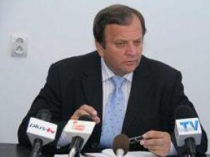 Flutur: O să informez populaţia cum s-au înfruptat PSD-iştii din banul public şi din patrimoniul CJ
