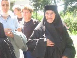 Maica Serafima, de opt decenii la Mănăstirea Războieni
