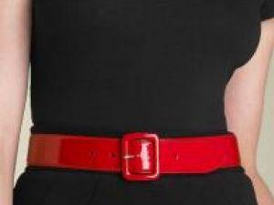 Curea din piele lăcuită cu cataramă dreptunghiulară, model Ralph Lauren Foto: NORDSTROM