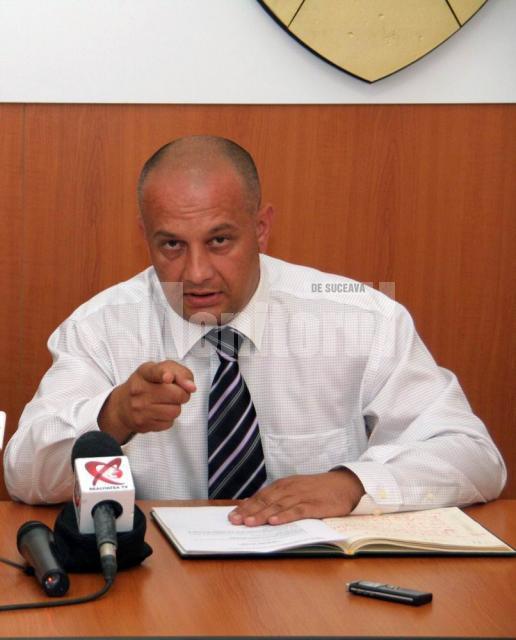 Nemulţumiri: Băişanu acuză că se fură din banii pentru reparaţiile şcolilor