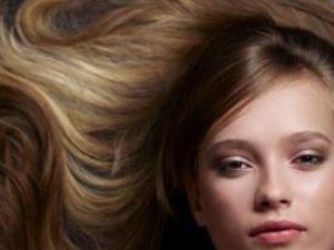 Părul trebuie să fie sănătos şi bine îngrijit. Foto: ZEFA