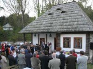 """În  Muzeul Satului Bucovinean a fost inaugurat, duminică, 12 octombrie, """"Hanul european"""""""