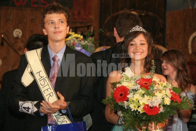 Cristian Bucşineanu şi Claudia Botezatu, cei mai frumoşi boboci de la Petru