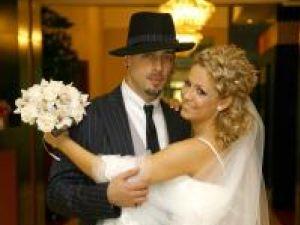 CRBL şi Elena, nuntă în stil mafiot