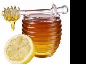 Lamaie cu miere pentru raceala