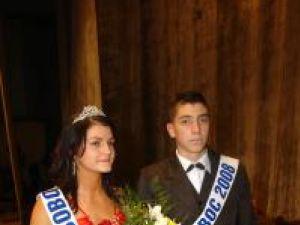 Lorena Petraru şi Ionuţ Marţolea, Miss si Mister Boboc de la Liceul cu Program Sportiv