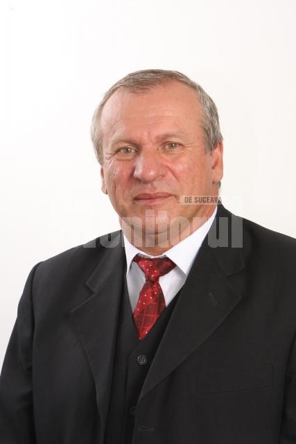 """Titi Petrea: """"Biroul meu parlamentar va fi întreg Colegiul Vicovu de Sus-Solca, pentru că nu poţi reprezenta interesele oamenilor doar de la birou"""""""