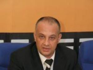 """Alexandru Băişanu: """"Sunt foarte multe legi care sunt prost gândite, făcute pe genunchi, sau pentru anumite grupuri de interese"""""""