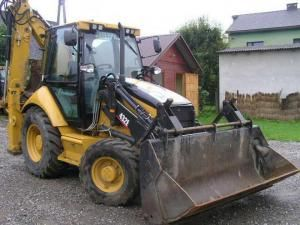 Căutaţi de poliţie: Au furat un buldoexcavator de 35.000 de euro