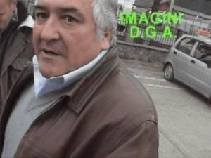 Mihai Raileanu in momentul in care a fost prins de ofiterii anticoruptie