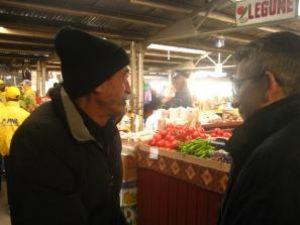 Philip Rozopol s-a întâlnit cu producătorii agricoli care îşi comercializează produsele în pieţe