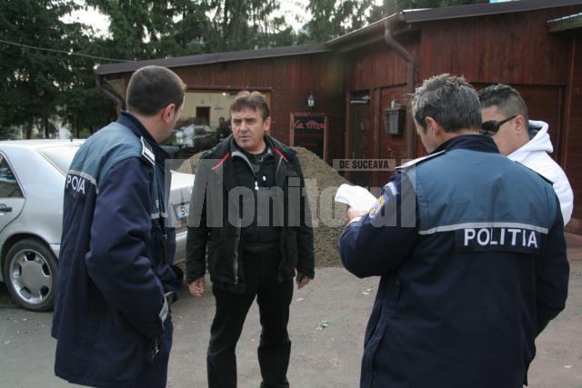 Protestul cu balast a plecat de la faptul că Hreniuc vrea să-l evacueze pe Viorel Aelenei din acest spaţiu