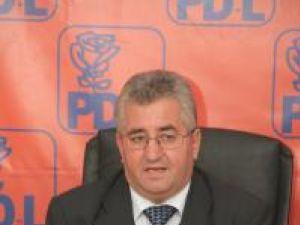 """Ion Lungu: """"Îi rugăm pe suceveni să ne voteze echipa, să voteze parlamentarii PD-L"""""""