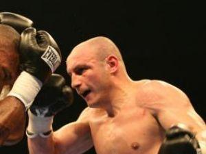 Diaconu va boxa acasă cu titlul pe masă
