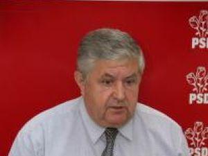 Acuze: Mîrza îi reproşează preşedintelui României că a băgat pensionarii în panică