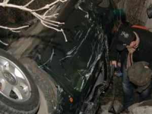 Autoturismul s-a răsturnat de două ori, oprindu-se într-o râpă, chiar în spatele benzinăriei OMV