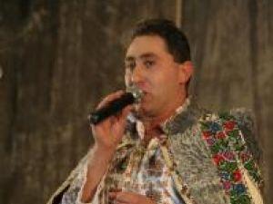 Spectacol: Alexandru Recolciuc şi-a lansat un nou album de folclor cu sala arhiplină