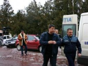 Mihai Fodor s-a predat de bună voie poliţiştilor