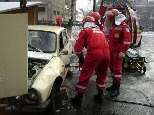 La Vatra Dornei funcţionează cel de-al treilea Serviciu Mobil de Urgenţă şi Descarcerare (S.M.U.R.D.) din judeţ