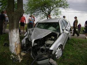 Accidentele grave, tot mai numeroase pe şoselele judeţului