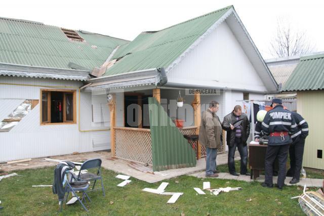 Accident: Răniţi după o explozie în casă, din cauza acumulărilor de gaze