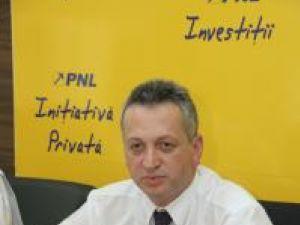 """Relu Fenechiu :""""Această putere pe care vor să o acapareze cei de la PD-L şi PSD este efemeră"""""""