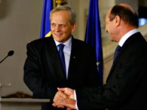 Theodor Stolojan a fost desemnat, ieri, drept candidat la funcţia de prim-ministru de către preşedintele Traian Băsescu. Foto: MEDIAFAX