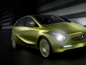 Mercedes BlueZero Concept 2009