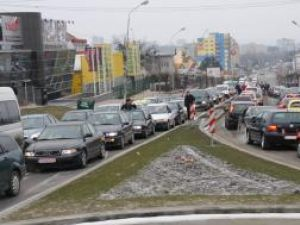 Sute de maşini vor mărşălui pe străzile Sucevei
