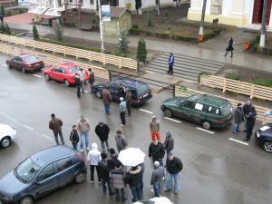 Prezenţă slabă la protestul proprietarilor de maşini second