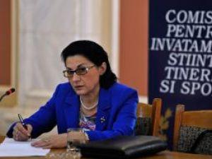 """Ecaterina Andronescu: """"Cred că pentru profesorii universitari este o creştere uşor exagerată"""". Foto: MEDIAFAX"""