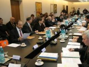 Consiliul Judeţean a aprobat nivelul taxelor şi tarifelor pentru anul 2009