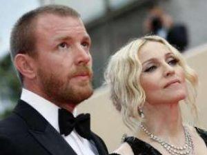 Divorţul Madonnei de Guy Ritchie, în topul celor mai importante zece evenimente mondene ale anului 2008. Foto: REUTERS