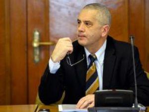 Ministrul Nemirschi, a prezentat mai multe variante de modificare a taxei de poluare auto. Foto: MEDIAFAX